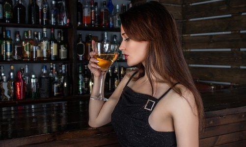 Gdzie postawić barek na alkohol?
