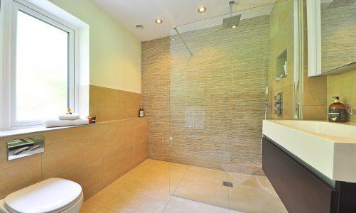 Dlaczego warto zdecydować się na zestaw podtynkowy prysznicowy w swojej łazience?
